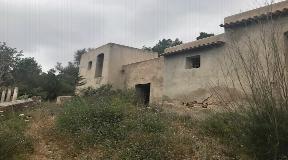 Finca for sale in San Rafael Ibiza for reform