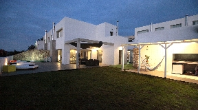 Semi-detached house in Roca Llisa with private pool