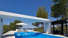 Modern villa with sea view and sunset in Cala Vadella