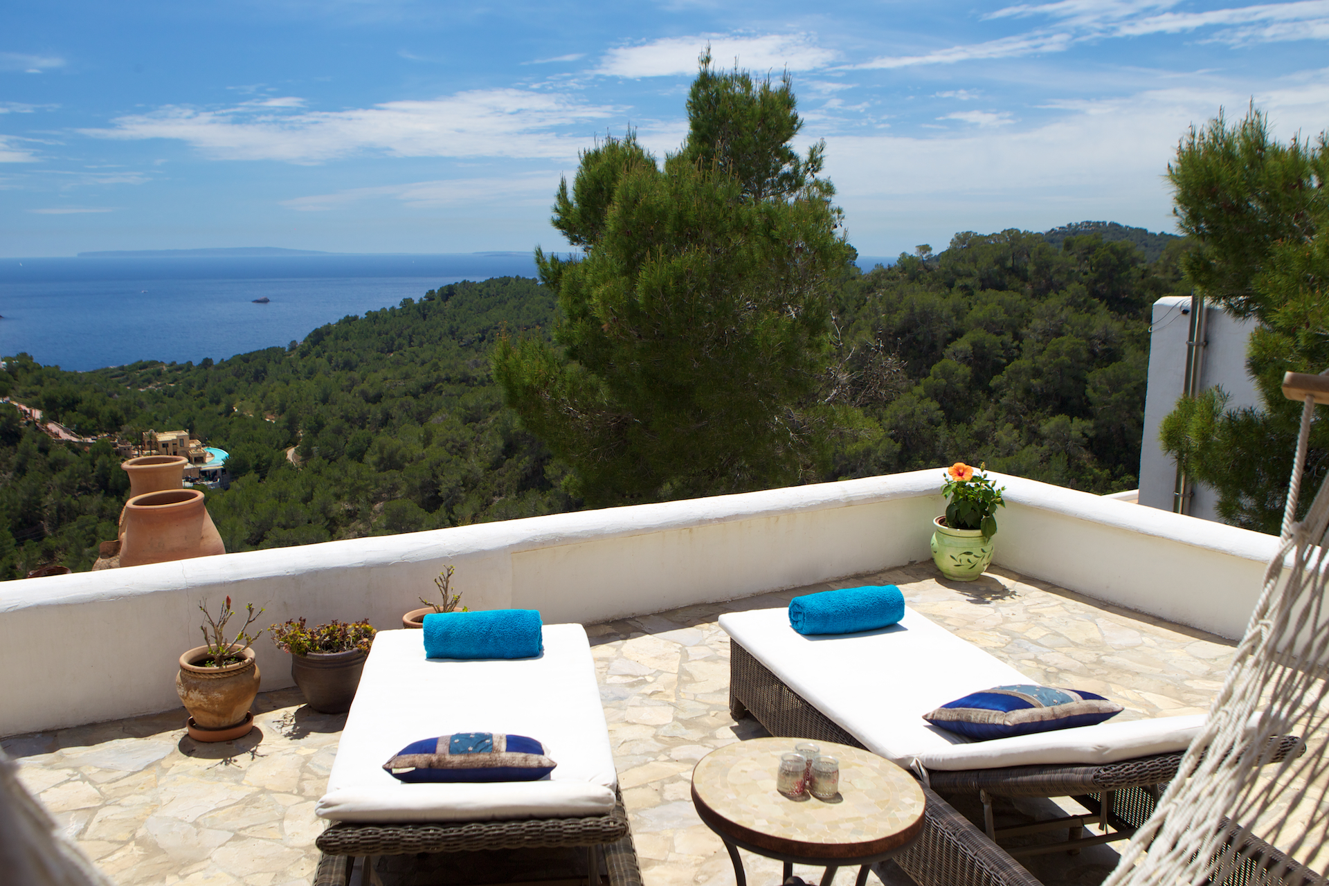 Elegant villa on the top of a hill with spectacular views over the nature reserve and the sea up to formentera
