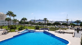 3 bedroom flat in privileged residence with fantastic view on the harbour in Ibiza for sale