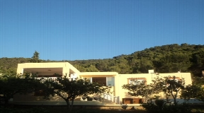 Wonderful chalet located in San Agustín with Fruit gardens