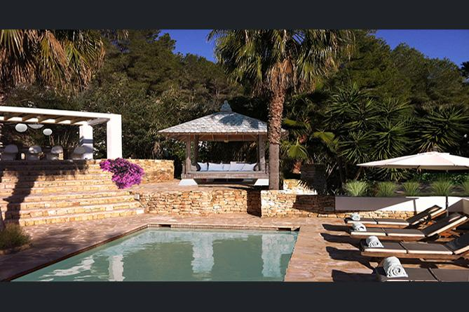 Wonderful Villa with pool for sale near to Cala llonga