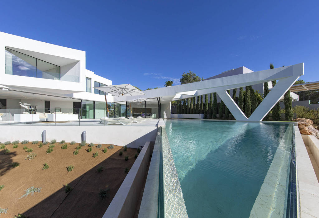 Nice sea facing villa in the desirable area of Es Cubells for sale