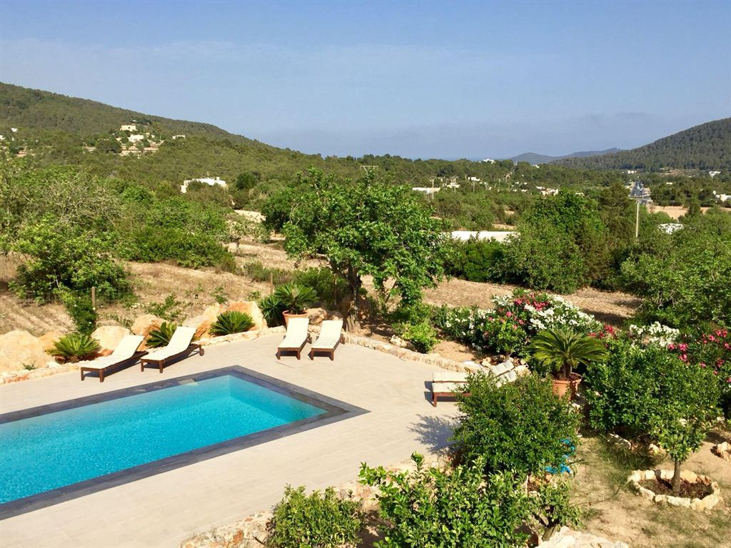 Graceful villa for sale in a truly elite location of Ibiza in San Jose