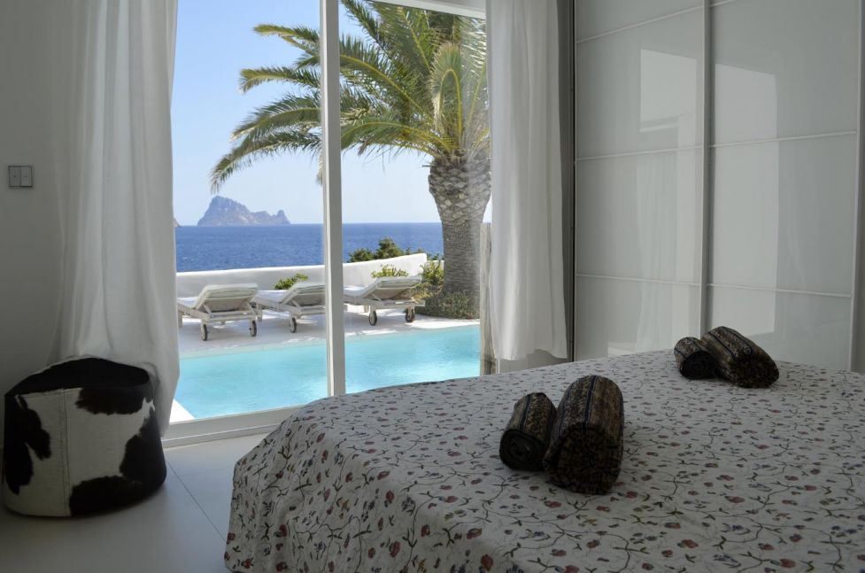 Unique villa with sea views and views of Es Vedra for sale