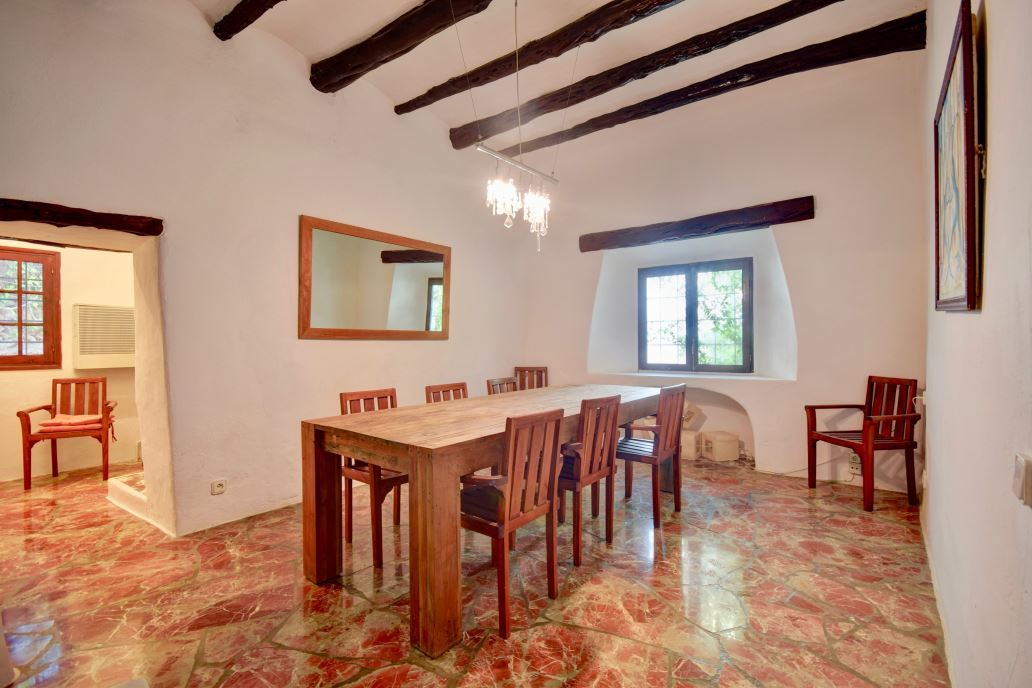Glorious country house for sale covered by forest with nice views in San Josep