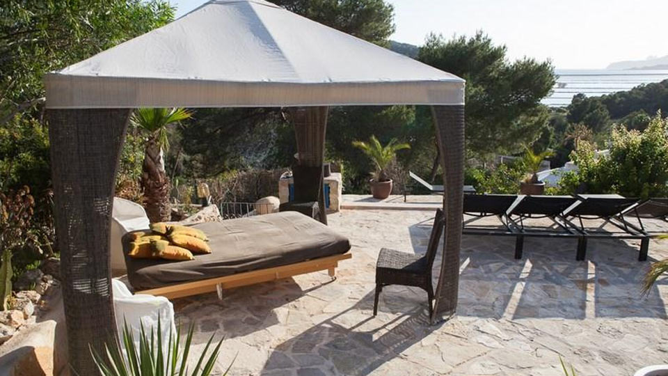 Charming Finca in the coveted Las Salinas with great sea view and walking distance to the beach.