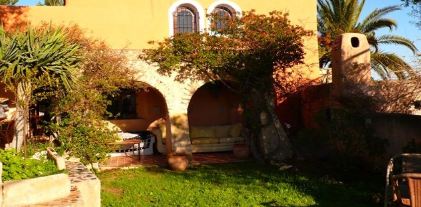 Superb 300 years old Finca on Ibiza with touristic licence in Can Thomas