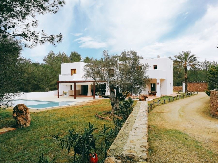 Very charming finca in the woods