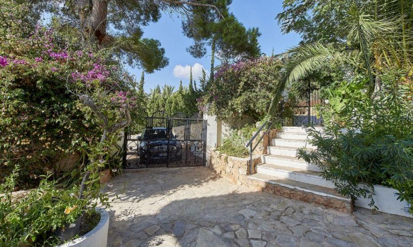 Charming tuscan villa in the popular Jesus