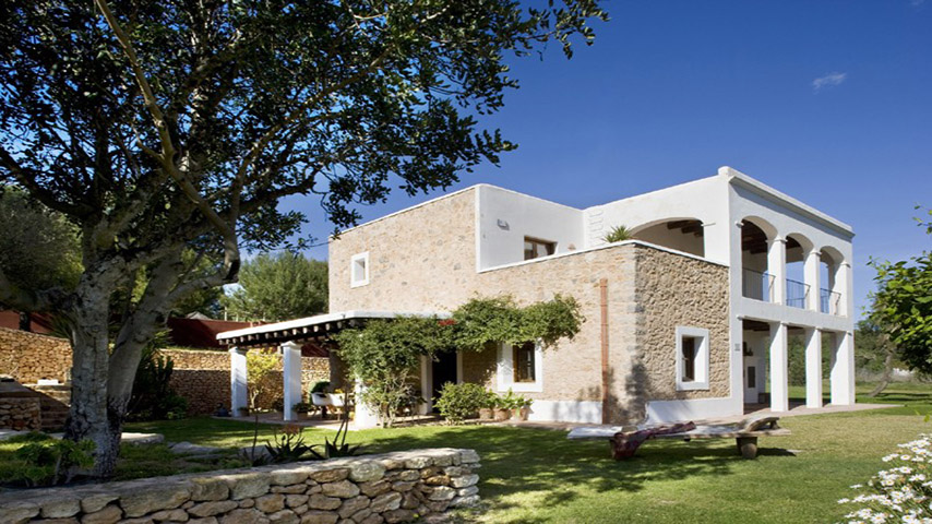 Wonderful luxurious Villa Payesa with tourist license with in KM 5 for sale