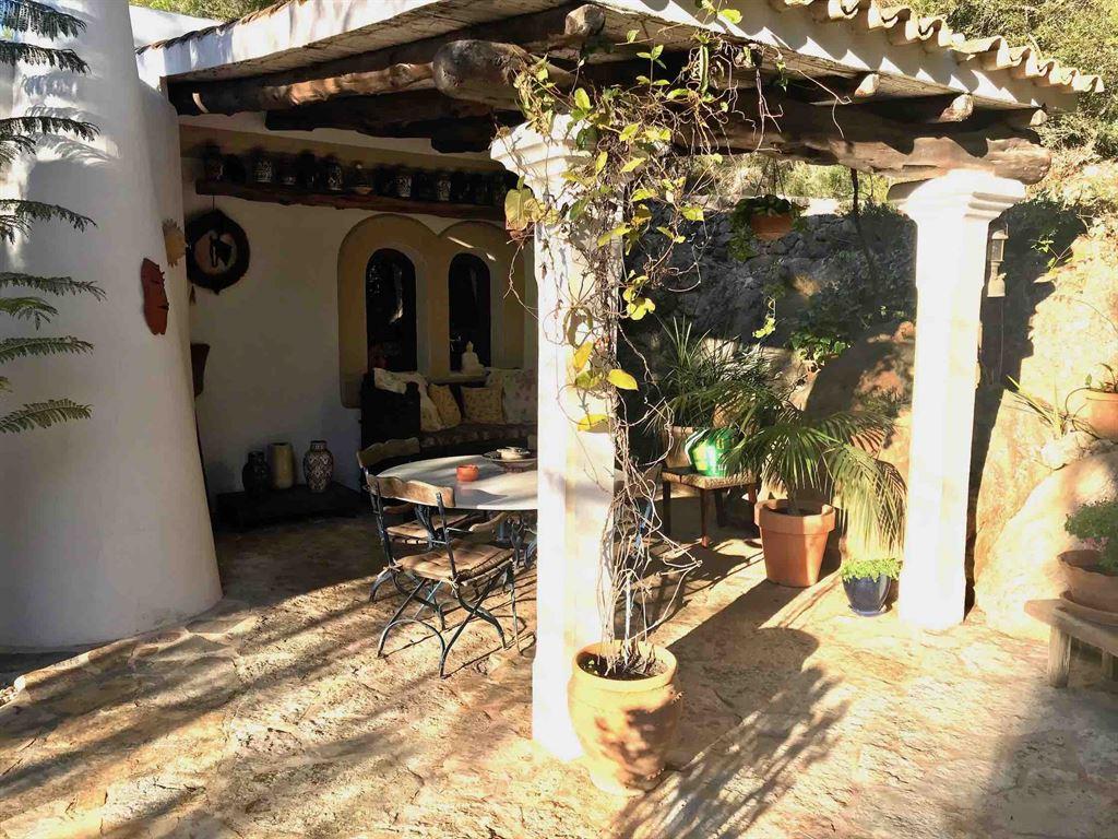 Beautiful finca in a peaceful location in Santa Eulalia