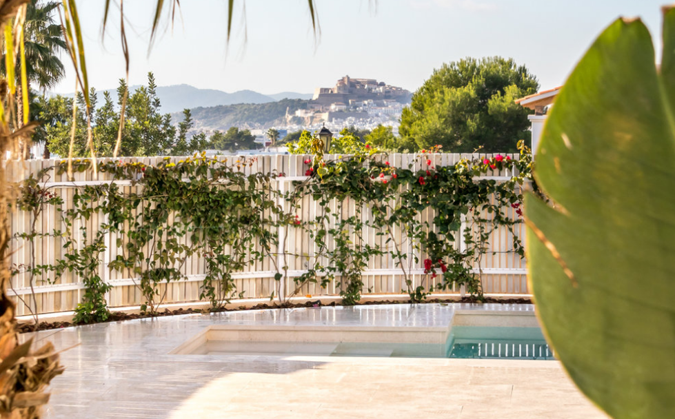 Neoteric villa with nice views in Ibiza -  Can Rimbau