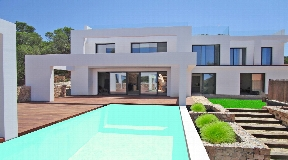 Newly built villa situated in Calo de Real for sale