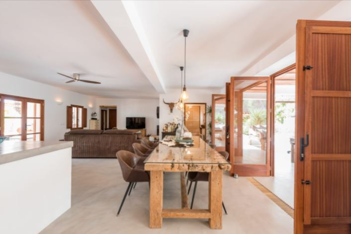 Amazing Finca style villa situated in a very calm area San Carles -Ibiza