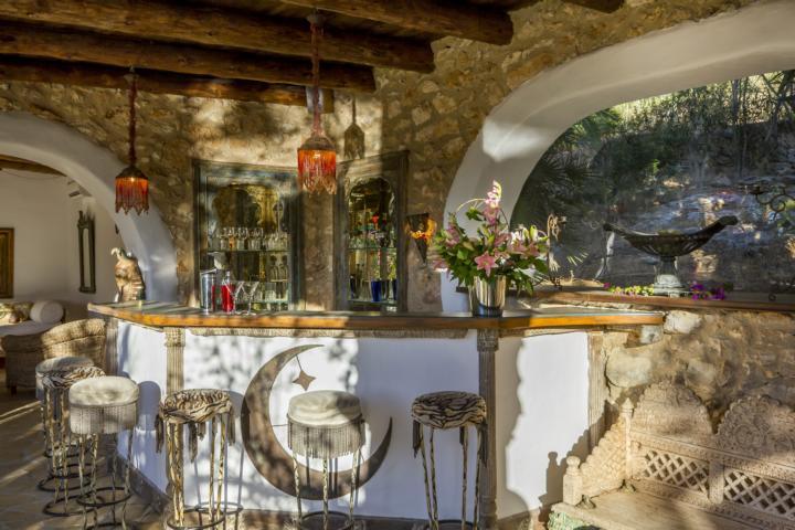A Finca like from the fairy tale book in pure nature close to Santa Eulalia