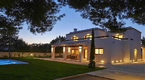 Newly and modern built villa is situated in a very quiet area in Port des Torrent