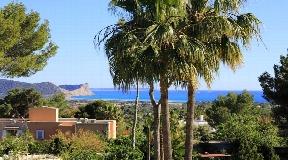 Beautiful villa of 250 m2 ideally situated near to Ibiza