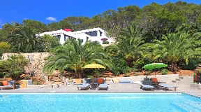 Wonderful Luxurious blakstad style finca situated between Ibiza and Sta. Eulalia for sale