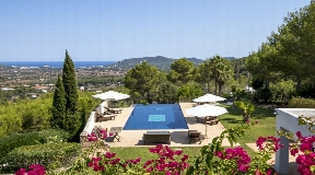 Superb finca near to Santa Eulalia with amazing views for sale