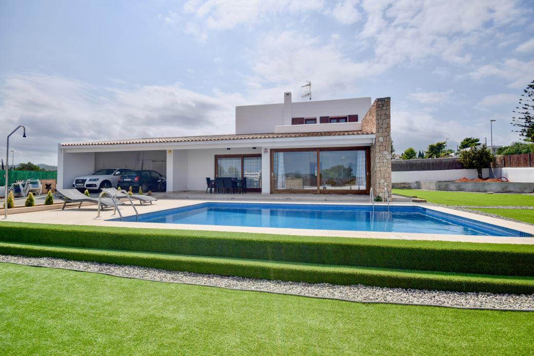 Unique villa with touristic licence in San Augustin for sale