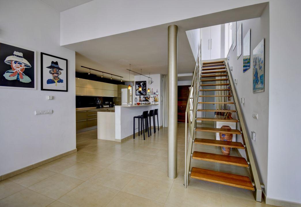Wonderful villa on the Mediterranean coast in for sale