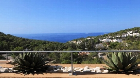 Nice duplex apartment amazing views on the west coast for sale