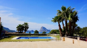 Amazing town house with sea views to Es Vedra