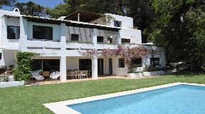Dignified villa with incredible sea views on top of Can Furnet