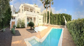 Exclusive 6 bedroom villa for sale in Talamanca with pool