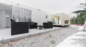 Beautiful apartment with white patio on the coast of Ibiza
