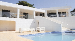 Rebuild villa in gated community of Can Furnet with sea views and castle