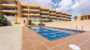 Wonderful apartment with sea views in Playa Den Bossa for sale