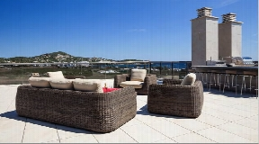Luxury penthouse in Marina Botafoch for sale