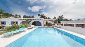 Beautiful villa in Cala Salada for sale