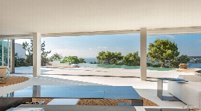 Amazing  villa for sale with a modern architecture in Cala Moli