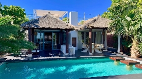 Wonderful city villa for sale in Balinese style near Ibiza town with sea views