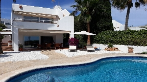 Villa with views to Formentera and Dalt Vila in Can Pep Simo for sale