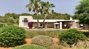 New refurbished finca for sale on Ibiza near to the beach