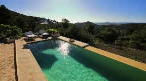 Nice and charming fully renovated authentic Finca for sale