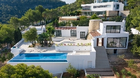 New Modern restored villa in Cala Moli with fantastic sea views