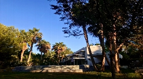 Modern house Can Mares sits in a privileged situation in the island
