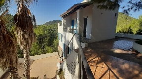 Very quiet house located 10 minutes from Ibiza town with lots of privacy