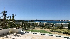 Nice first line apartment for sale is situated in Es Pouet Talamanca
