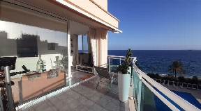 Nice penthouse for sale with 2 double rooms in Playa den Bossa