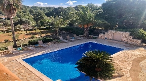 Wonderful villa in the countryside with swimming pool near to Ibiza for sale