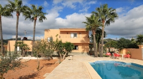 Nice 2-story villa is conveniently area close to Ibiza for sale