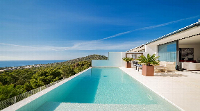 Modern villa in South-West with nice sea views for sale
