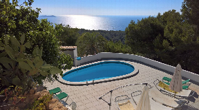 Hillside villa with a sea view with sunset for sale